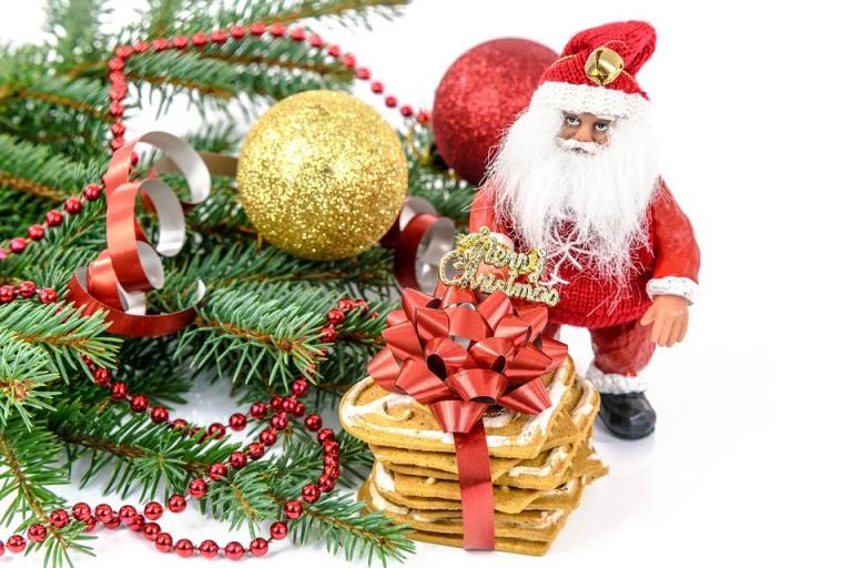 Pewne 30 PLN dla wszystkich graczy od bukmachera eFortuna z okazji Mikołajek