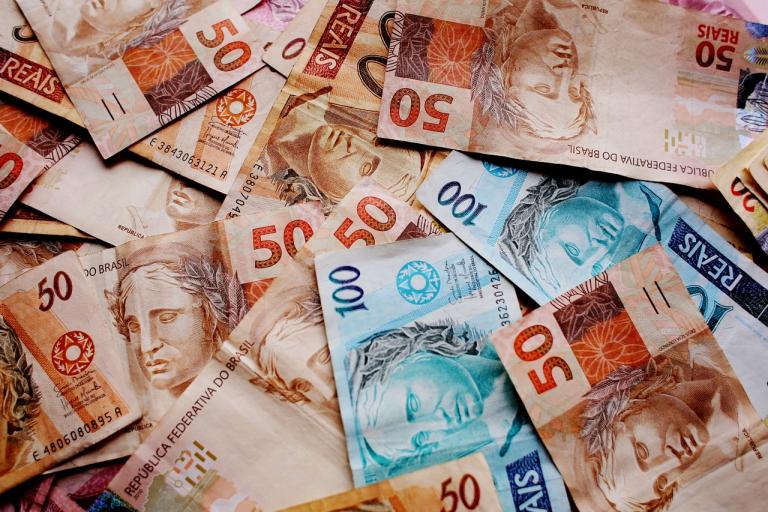 Bonus dla typerów PKO Ekstraklasy. Ekstra kasa do 10 000 PLN.